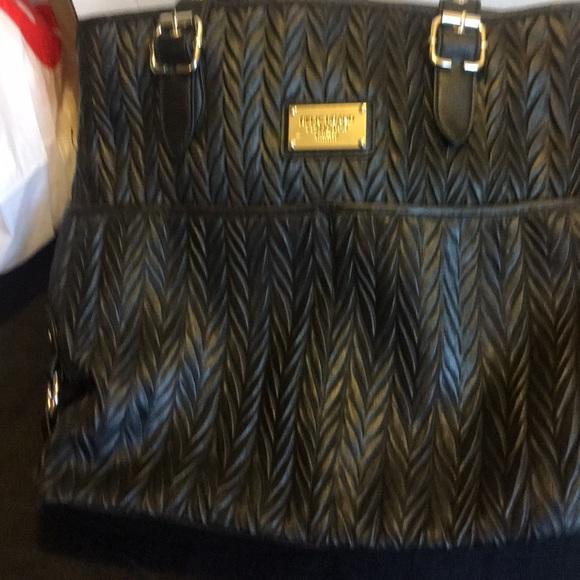 relic Handbags - Black handbag